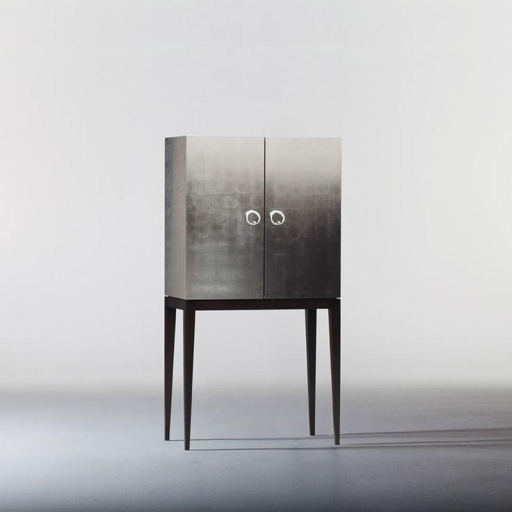 Michael Northcroft | My Design Agenda | #livingroomideas #minimalisticdesign #interiordesign #livingroomdecor #livingroomdesign #homedecorideas #interiors #furniture #timelessdesign #craftsmanship #highendfurniture #classicfurniture #wood #steel #brass #furnituredesign