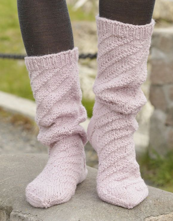 Knit socks,hand knit socks for women,knitted socks Made to order. by VaniasCreations on Etsy