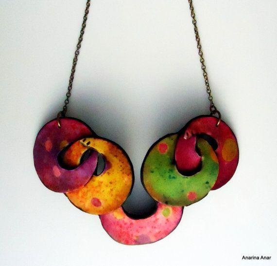 Collar de arcilla polimérica por AnarinaAnar en Etsy                                                                                                                                                                                 Más