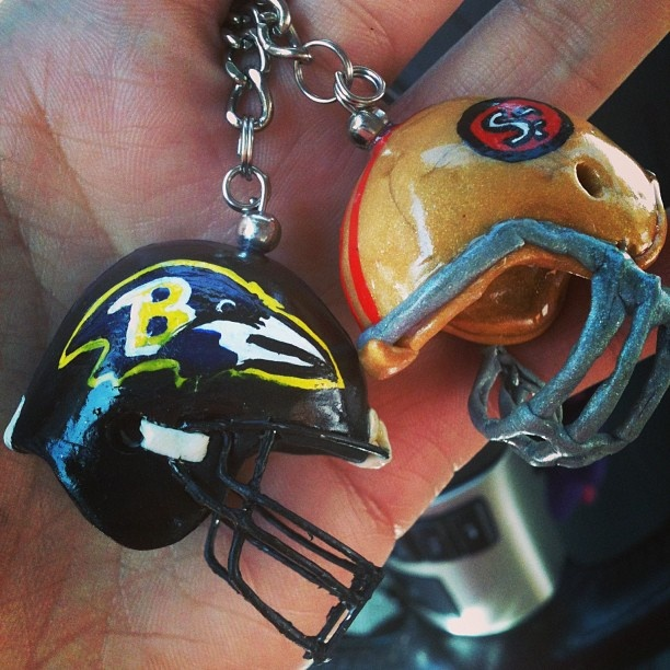 polimer clay keyrings! UP! search in FB moonerias  NFL  RAVENS  SF 49ers
