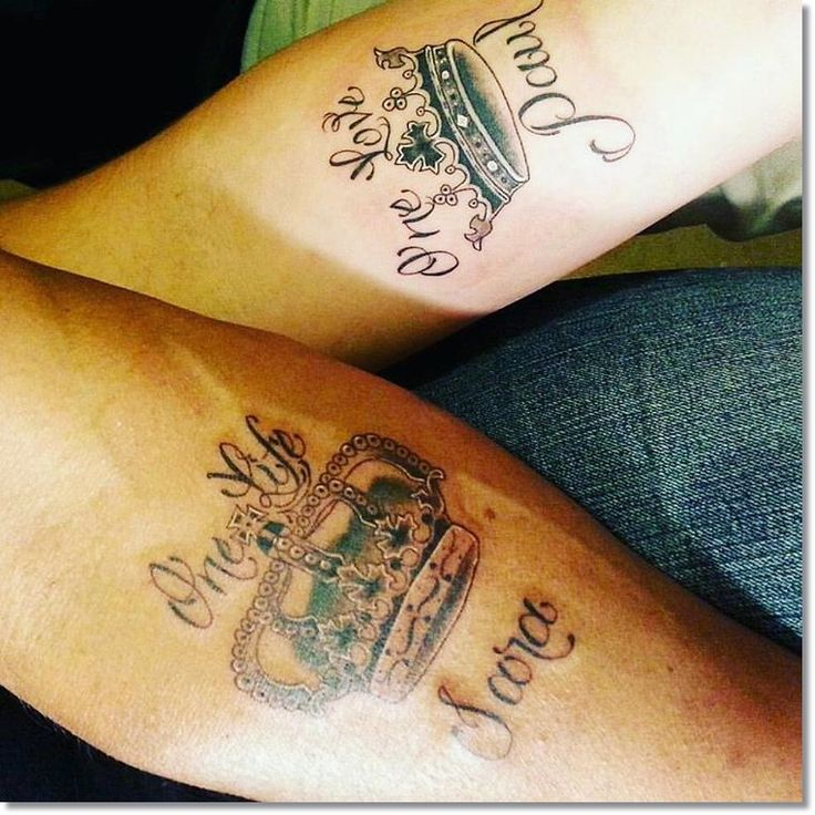 83 small crown tattoos ideas you cannot miss crown for Crown couple tattoos