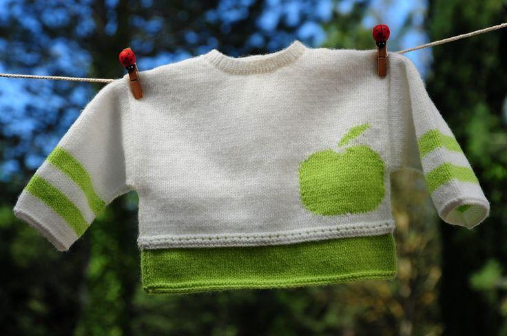 layette brassière pomme 1 mois neuve tricotée main : Mode Bébé par com3pom