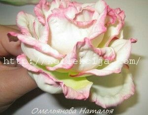 http://kollekcija.com/roza-iz-foamirana-svoimi-rukami-master-klass-omelyanovoy-natali/