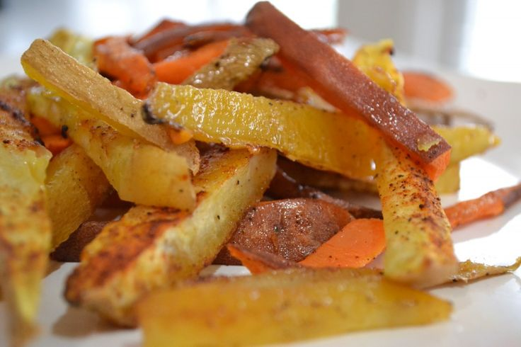 Easy Baked Sweet Potato Fries - an easy & healthy recipe!