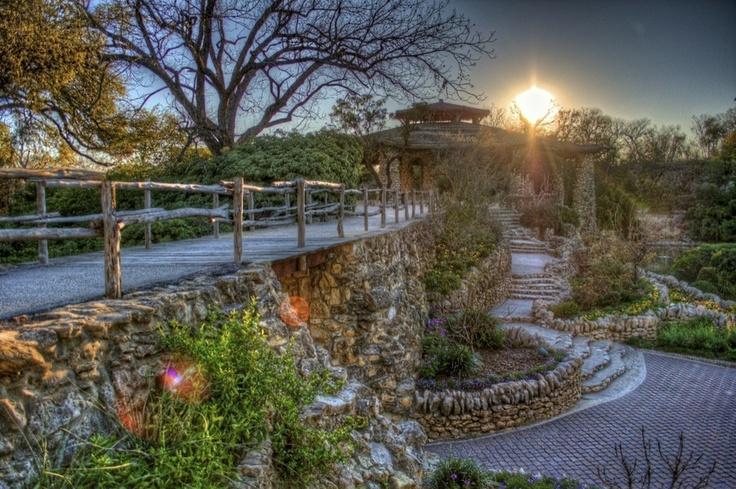 Japanese Tea Garden     San Antonio, TX