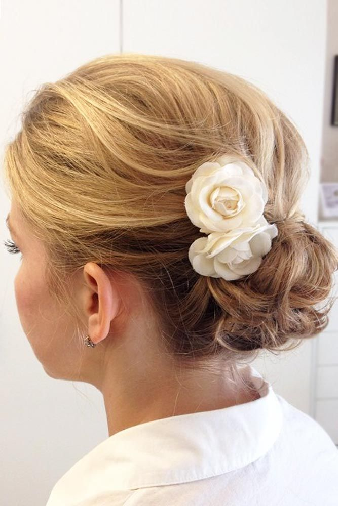 30 Easy And Fancy Ideas Of Wearing Hair Bun For Short Hair With