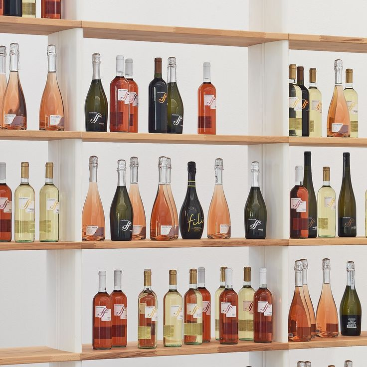 The Nikka WOODY used in a winecellar. A must have for a wine lovers. Thanks to Sacchetto Vini for his excellent prosecco ! More at http://www.piarotto.com. #shelving #bookcase #wines #prosecco #winecellar #vino #wood #beautiful