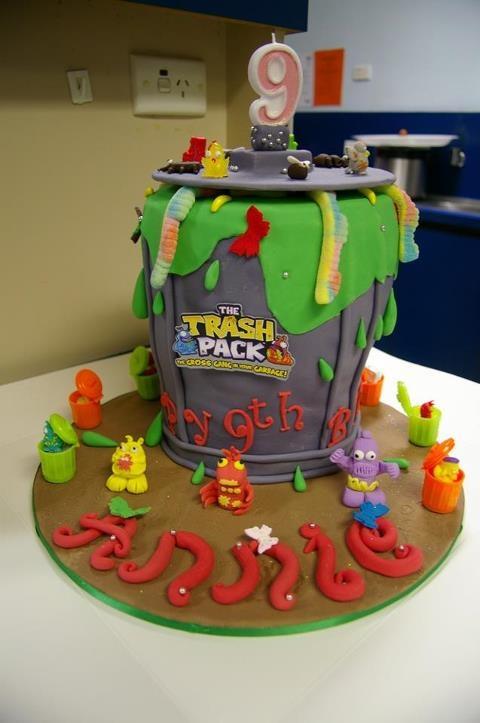 Sweet trash pack cake!