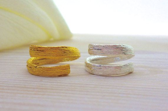 Hey, I found this really awesome Etsy listing at https://www.etsy.com/listing/269423715/nature-ring-branch-ring-adjustable-ring