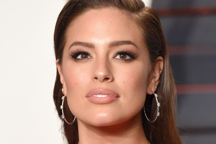 How do you shake up the fashion industry? By not taking no for an answer. As a model, host, designer, and entrepreneur, Ashley Graham has been a presence in modeling for more thana decade, but 2016 handed her a true breakthrough...