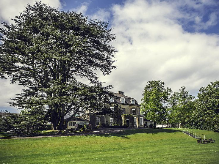 MERCURE BRISTOL NORTH GRANGE: Mercure Bristol North The Grange Hotel is an elegant 4-star hotel set amongst 18 acres of landscaped gardens.…