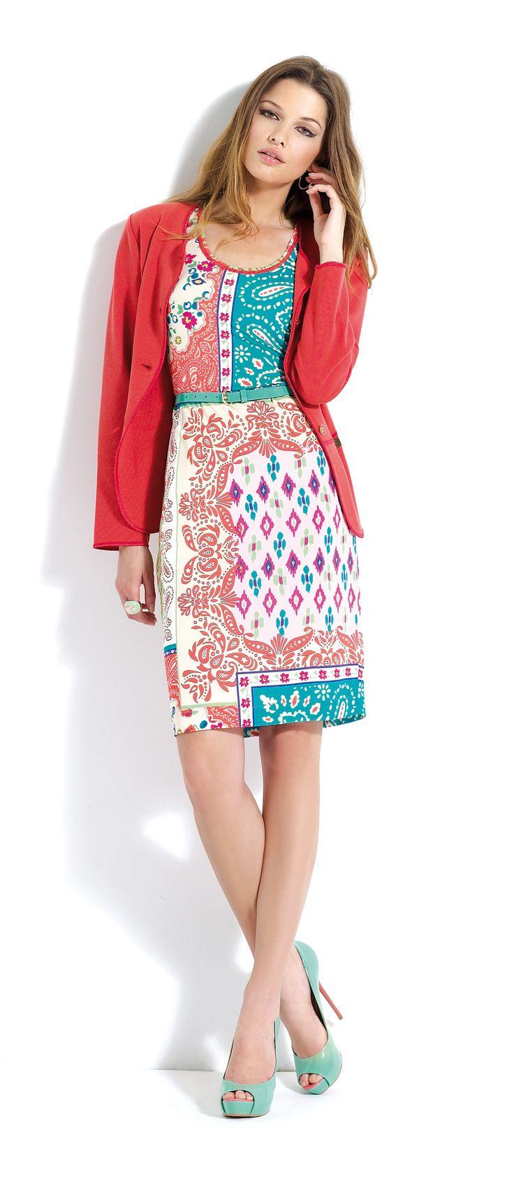 Vestido con #estampado y rebeca a juego #dress #cardigan #midi #trend #summer
