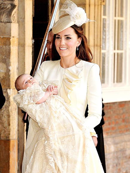 Why Princess Charlotte's Christening Gown Is the Ultimate Baby Re-Wear http://www.people.com/people/package/article/0,,20395222_20934435,00.html