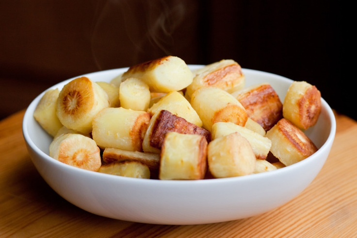 Quick and easy recipe of this criminally-underutilized root vegetable.: Ovens Roasted Parsnip, Side Dishes, Criminally Underutil Roots, Paleo Primal, Roots Vegetables, Parsnip Recipes, Easy Recipes, Root Vegetables, Recipes Paleo