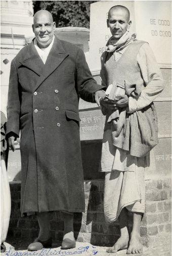 Swami Sivananda  y Swami Chidananda.