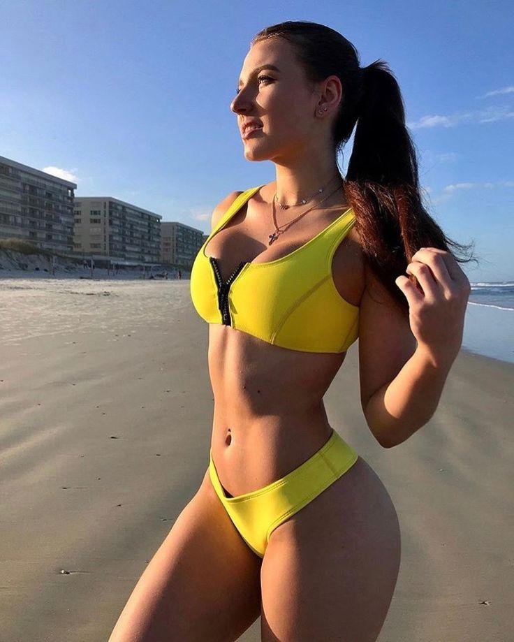 Elizabeth zaks youtube bikini whore - 4 4