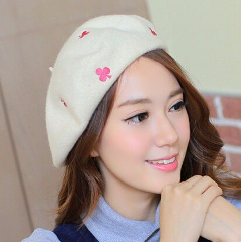 Poker embroidered French beret hat for girls autumn winter wear