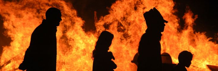 Halloween around the world, halloween bonfire - Ireland