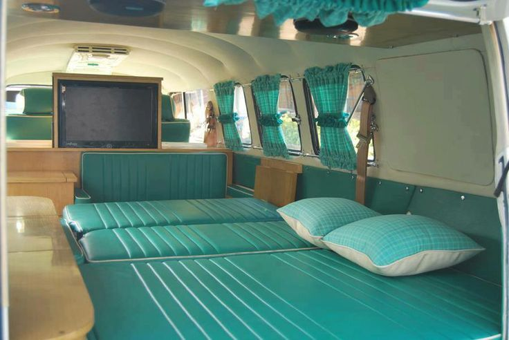 1000 images about combi on pinterest cars buses and for Vw kombi interior designs