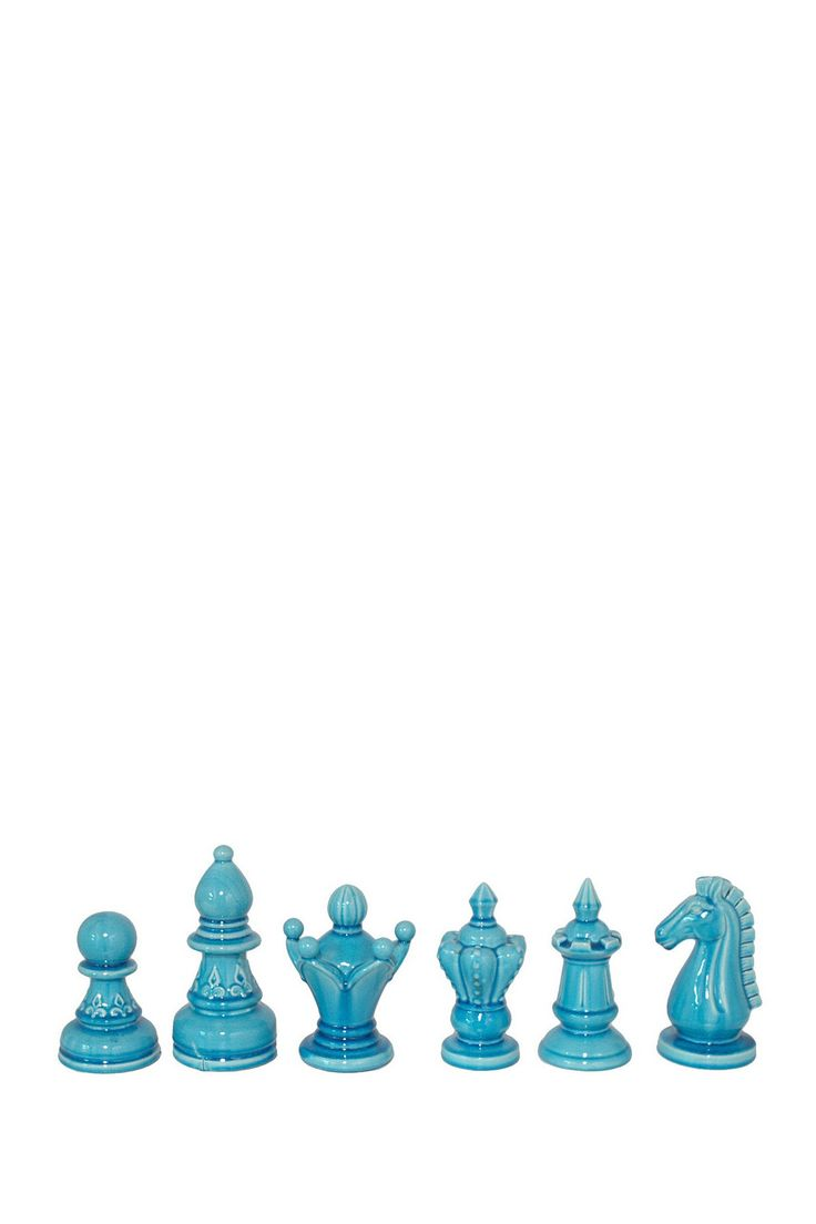 Unusual colour for chess set. Really unusual but would work really well for an Alice In Wonderland design as I'm aiming for all the colours used to look displaced, unusual and psychedelic.