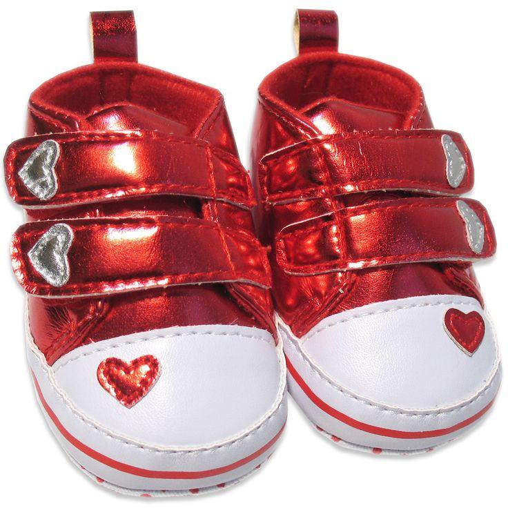 Vauvanvaatteet ja lastenvaatteet - Vauvan kengät, sydämet, 0-3kk