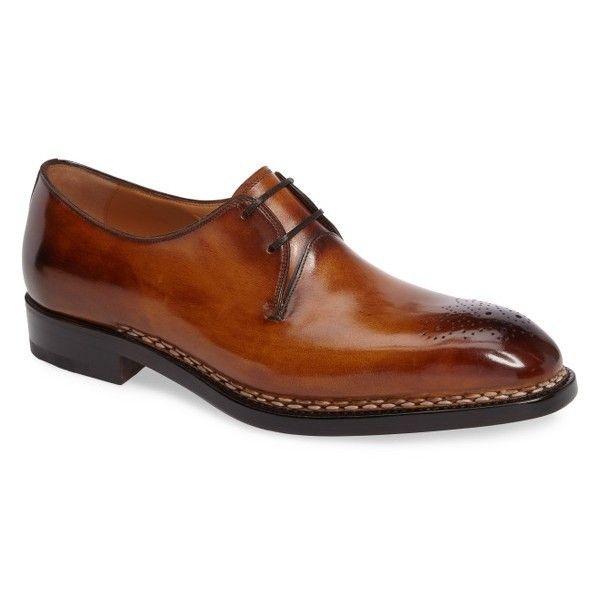 Men's Salvatore Ferragamo Amalfi 2 Medallion Toe Oxford ($2,700) ❤ liked on Polyvore featuring men's fashion, men's shoes, men's oxfords, brown leather, mens leather shoes, mens shoes, mens brown shoes, mens brown oxford shoes and salvatore ferragamo mens shoes