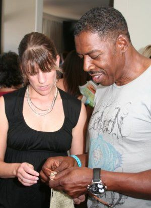 """Ernie Hudson (Desperate Housewives, Oz, The Crow, Ghost Busters)  """"My wife is always knitting... ok - now I see how hard this is!"""""""