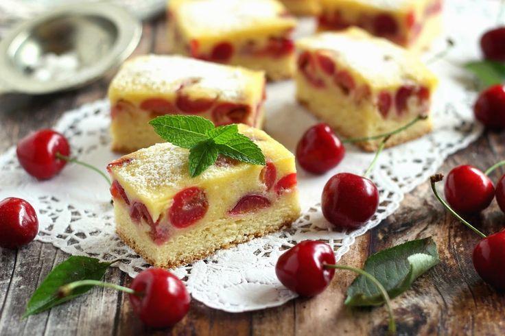 Igazi nyári hangulatot idéző sütemény a nagyi konyhájából. Könnyen elkészíthető, a ropogós és ízletes cseresznyével pedi...