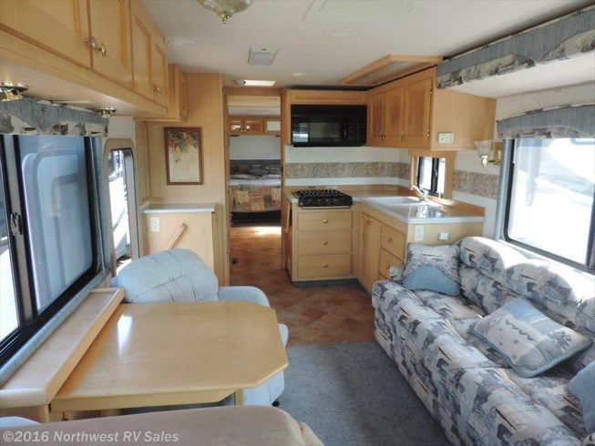 This Weeks Featured RV Is A Classic Motorhome Made By Safari Motorcoach Out Of Harrisburg Oregon The 1999 Harney Renegade Casa Grande Well Equipped