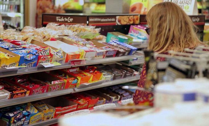 In NL en B doet de overheid nog steeds alsof er niets aan de hand is. Maar vanuit US en nu ook UK komt de roep steeds harder: het is de suiker die ons dik maakt en een epidemie aan Diabetes veroorzaakt! Suiker wat óveral in wordt gestopt! Wakker worden, mensen!!! Gelukkig doet Heel Gezonde Mama hier iets aan... ;)