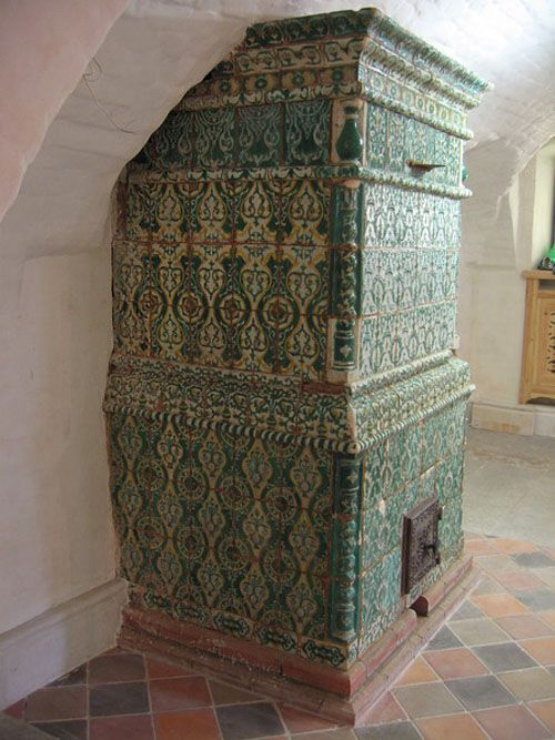Russian stove:  gorgeous but maybe not in my kitchen