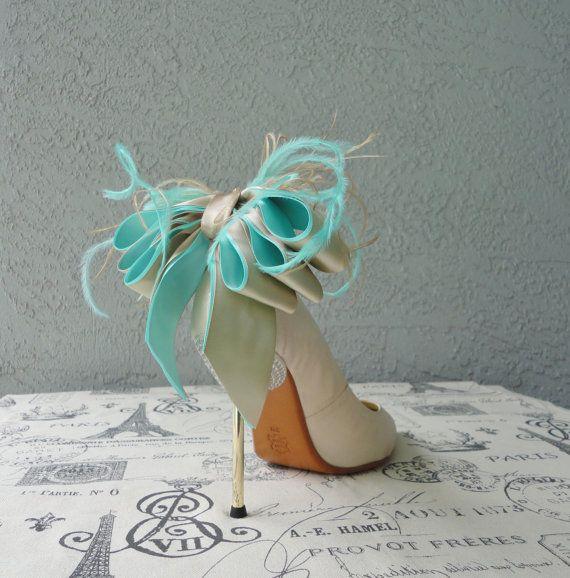 Wedding Bridal Party azzurro Tiffany e beige Bow e piuma clip scarpe Set di due