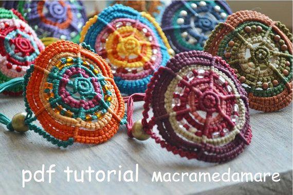 MULTICOLORED Macrame BRACELETS/ Macrame pdf por Macramedamare