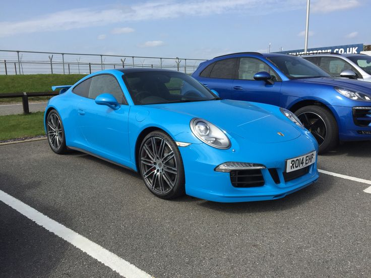 Porsche 911 Carrera 4 S in what I think is mexico blue with turbo s wheels