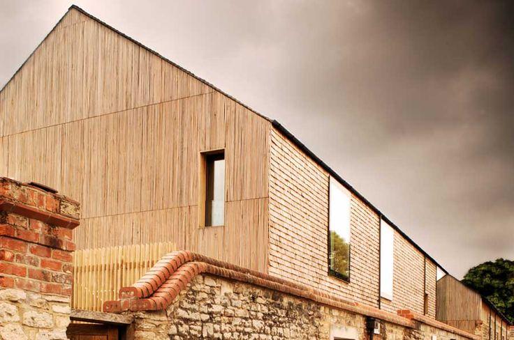 nowoczesna-STODOLA-The-North-Wall-Haworth-Tompkins-Architects-03