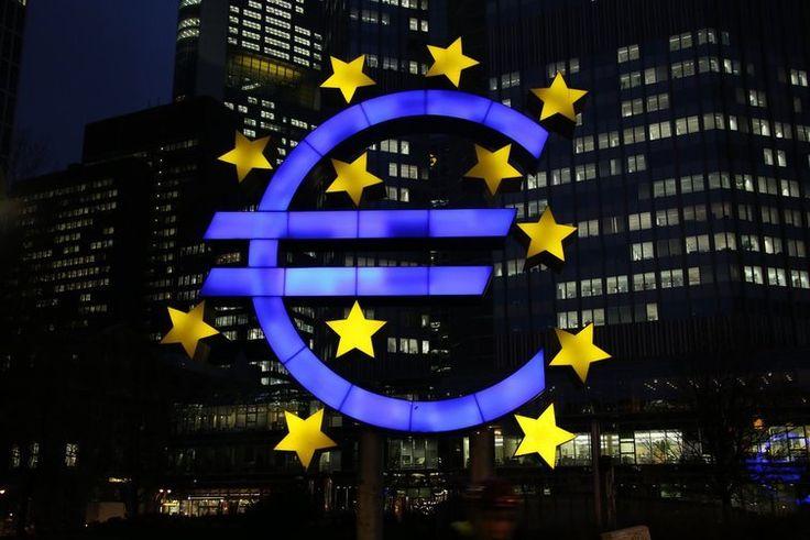 Bolsas da Europa ficam divididas com o petróleo pesando no lado positivo - http://po.st/j0kApH  #Bolsa-de-Valores - #Brent, #Euro, #Europa, #Preços, #Volume