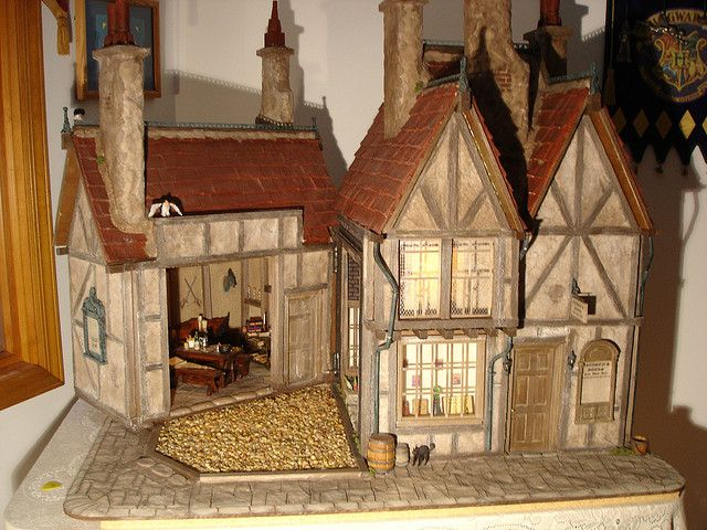 nike free trainer for running Harry Potter39s Leaky Cauldron and Diagon Alley Dollhouse by Jack English via Flickr  Just a cute stuff