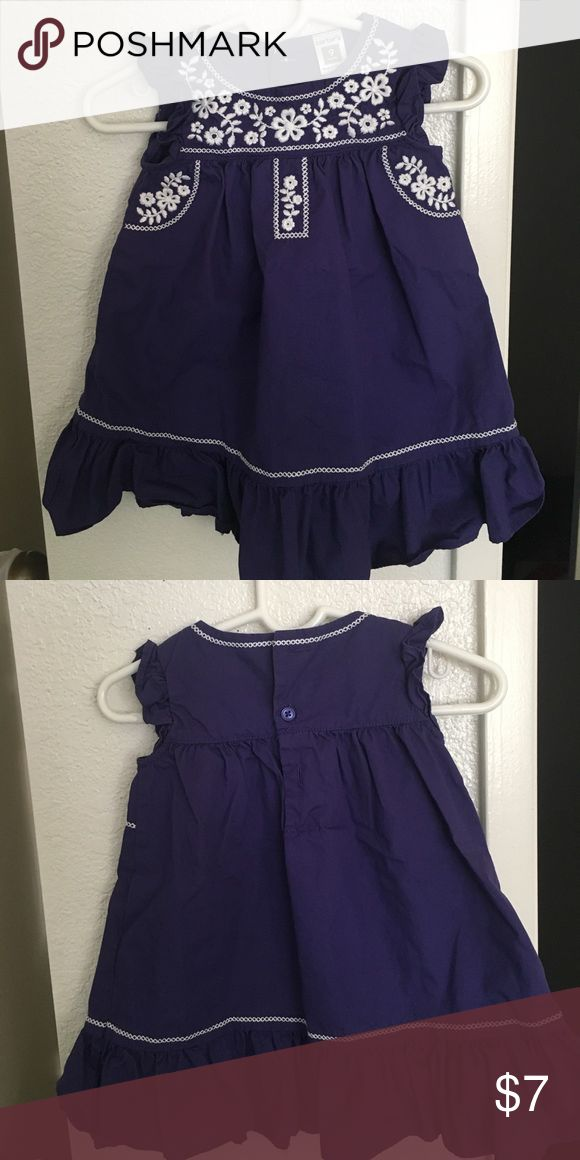 Carters baby girl dress size 9 months Purple dress in great conditions size 9 months Carter's Dresses