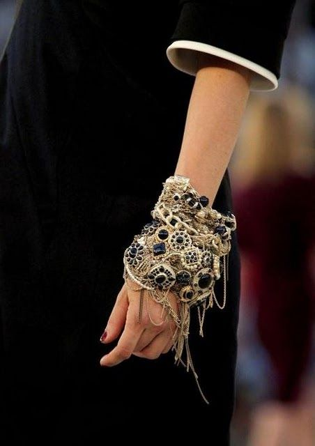 huge, This is my kind of jewelry style, its inspiring and beautiful, and looks sturdy.