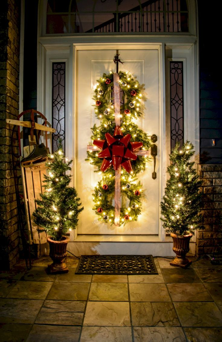 45 Awesome Christmas Front Porch Decor Ideas