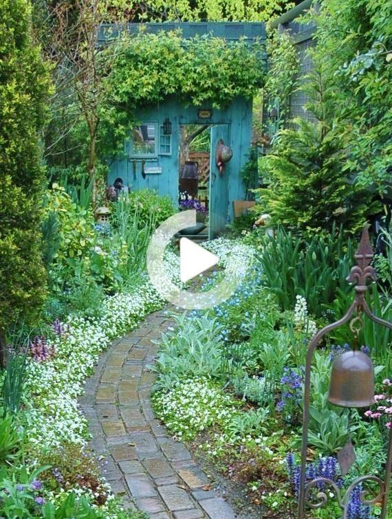 Schone Hinterhofe Inspiration Fur Gartenliebhaber Beautiful Backyards Backyard Cottage Garden Design