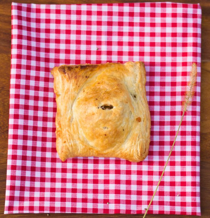 Recipe: Cheese, Onion and Jalapeno Pasty - Planet Veggie