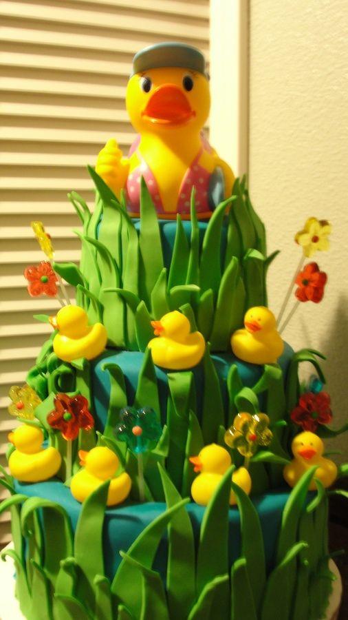Rubber duck cake. @Tiffiny Kallina Rascon reminded me of u