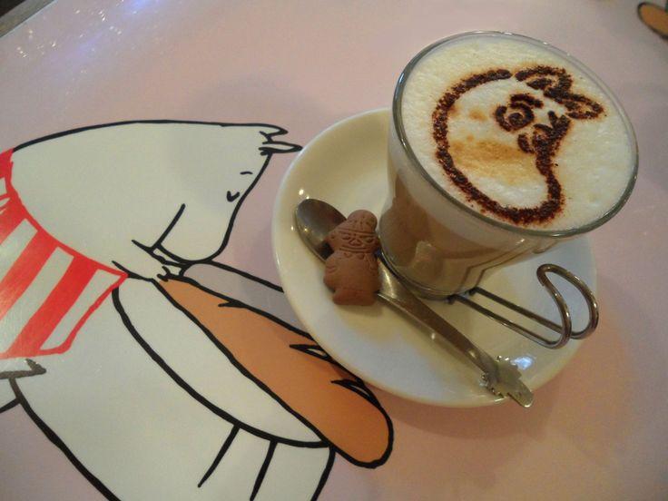 moomin cafe – coffee art!