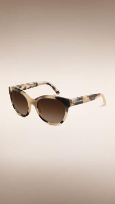 Katzenaugen-Sonnenbrille aus der Trench-Kollektion