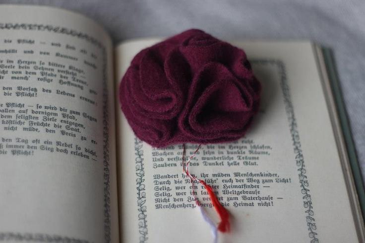 Brosa material textil