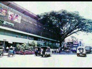 Pasar Bogor 1980,waktu kecil gw selalu beli komik di bawah pohon.