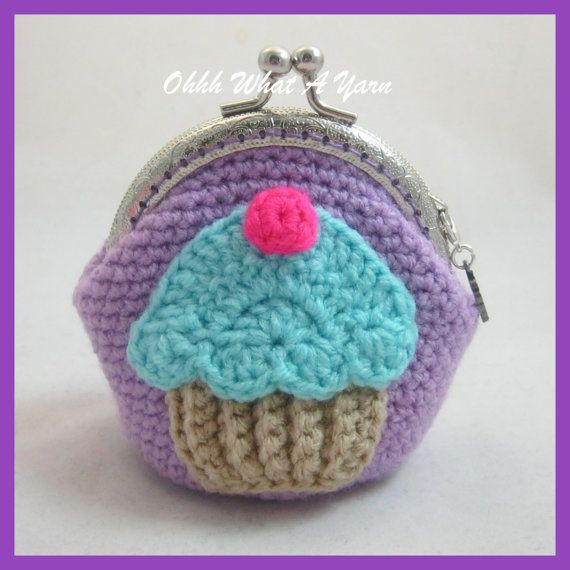Beautiful cupcake embellished kiss clasp coin purses. The purses are crocheted in a lovely lilac or pink yarn and have a cotton cupcake lining,