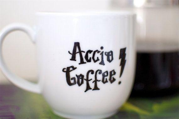 Harry Potter Accio Coffee Spell Hand Painted Mug di abirdinthehand, $15.00