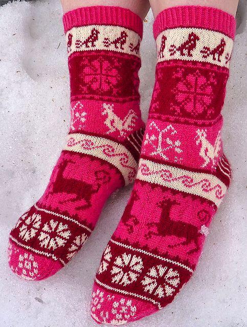 Ravelry: -Mervi-'s Muhu-socks Fantastilised kootud sokid!